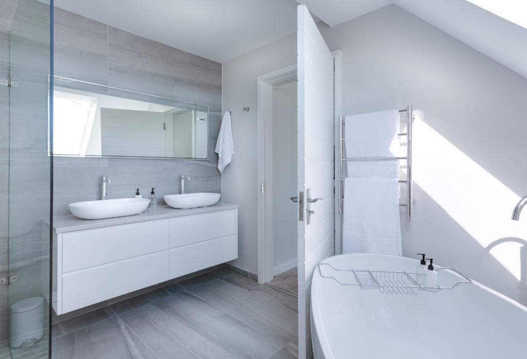Reforma baños huesca